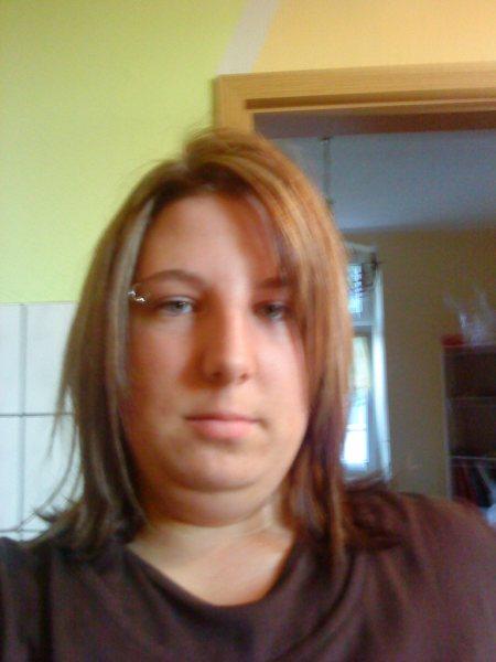sweetmausi (28) aus Oberhausen