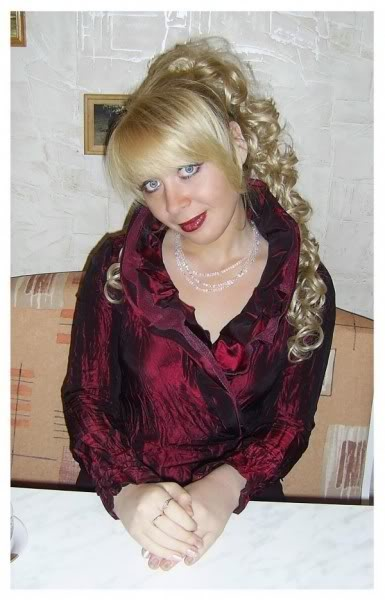 Haarverlängerung (31) aus Berlin