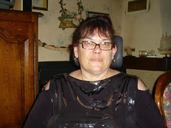 Loveliann (56) aus Essen